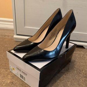 Nine West size 8 brand new black high heels